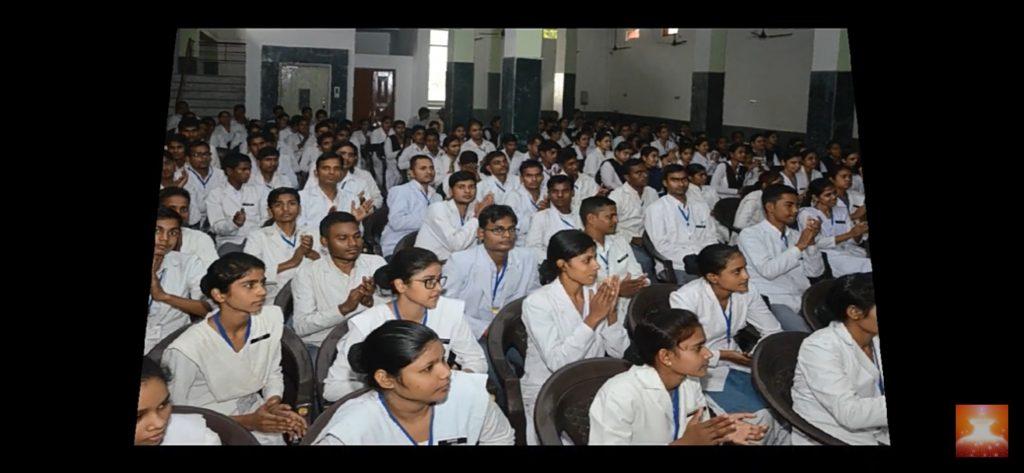 एस. एस इंस्टिट्यूट ऑफ़ नर्सिंग एंड पैरामेडिकल्स में बच्चों के लिए प्रोग्राम स्वामीनाथन भाई जी Hardoi (UP)